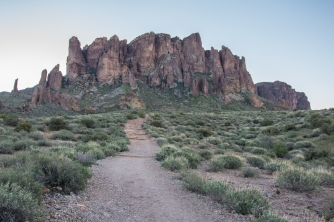 Hiking trails in Lost Dutchman State Park